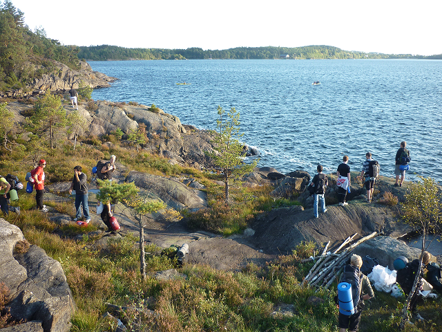 Flott norsk landskap i Grimstad-området, som artikkelforfattaren skryt av. Biletet er tatt på ein tur med friluftsstudentforeininga Fjell og Fjære (Foto: Mario Klohn)