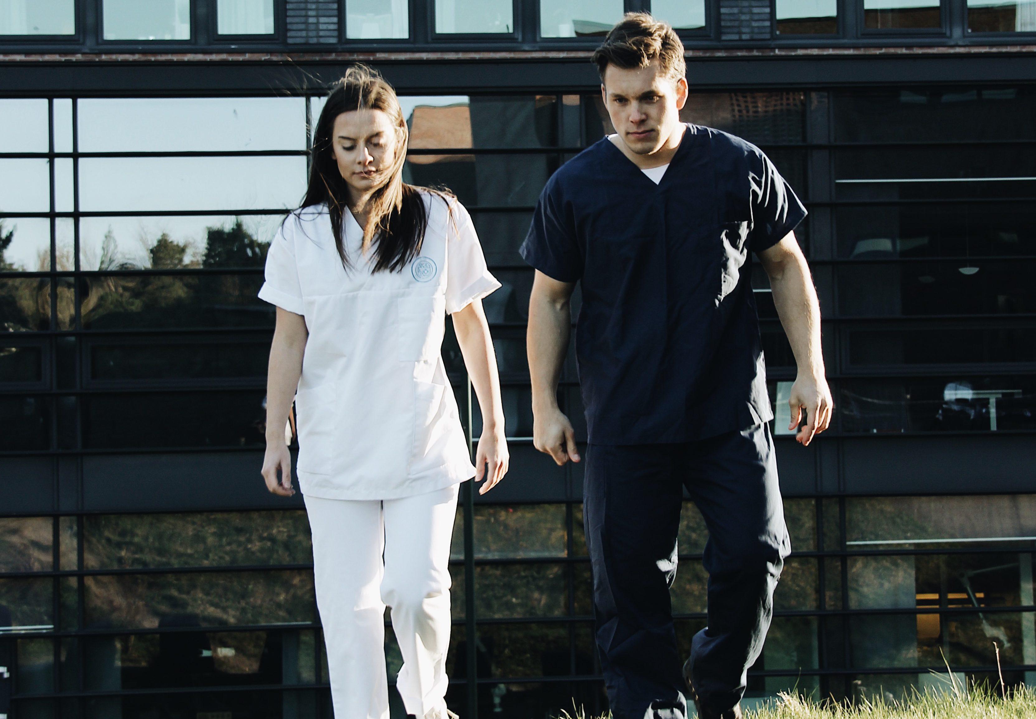 Sykepleierstudent måtte gå flere timer til praksis