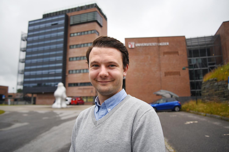 Eirik Mo (26) skal passe på dine rettigheter