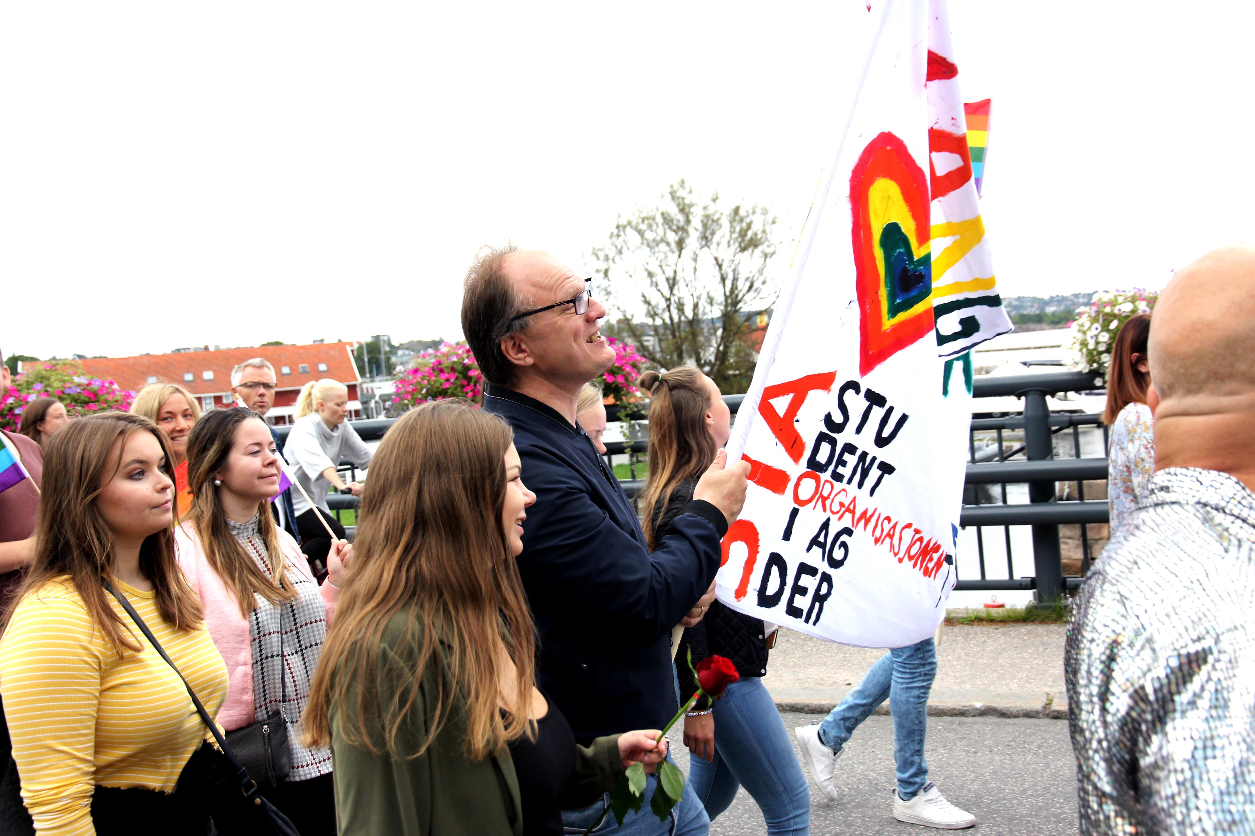 Se alle bildene fra PRIDE-paraden