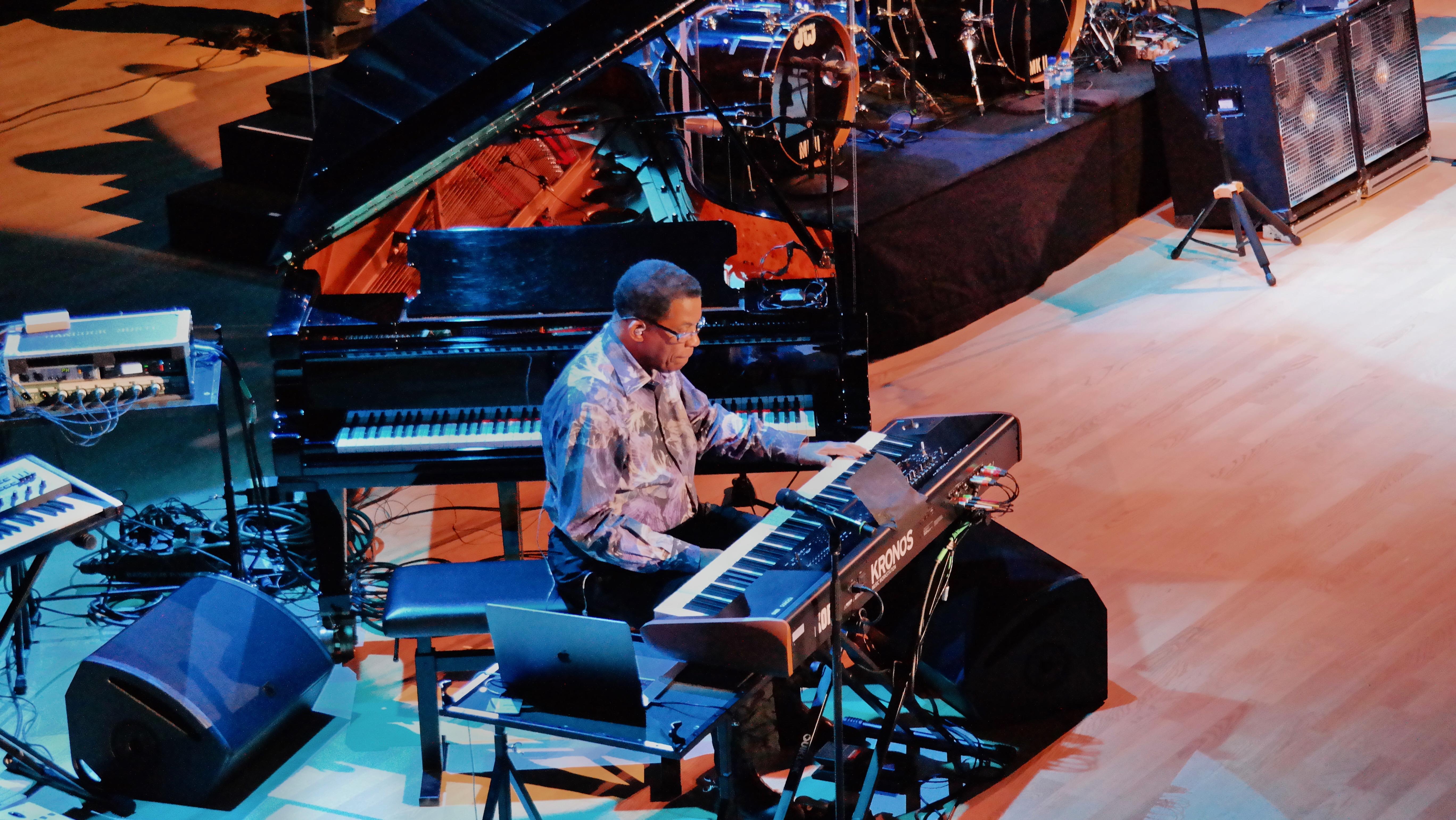 Konsert: Jazz-legenden Herbie Hancock