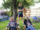 Familien Strisland/Hjemdahl i eplehagen som står i fare for å forsvinne.