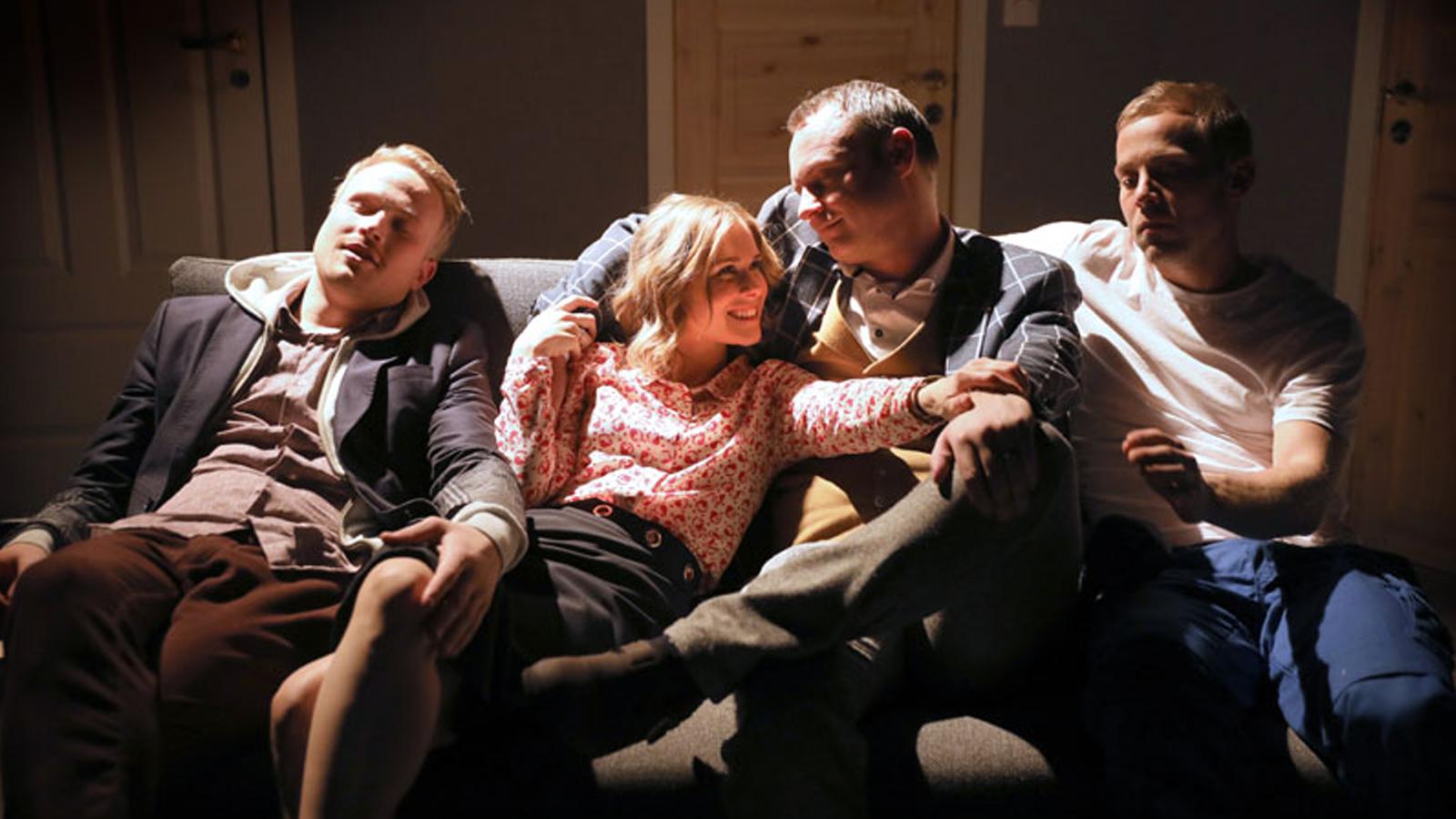 Teateranmeldelse: «Sidespringerne»