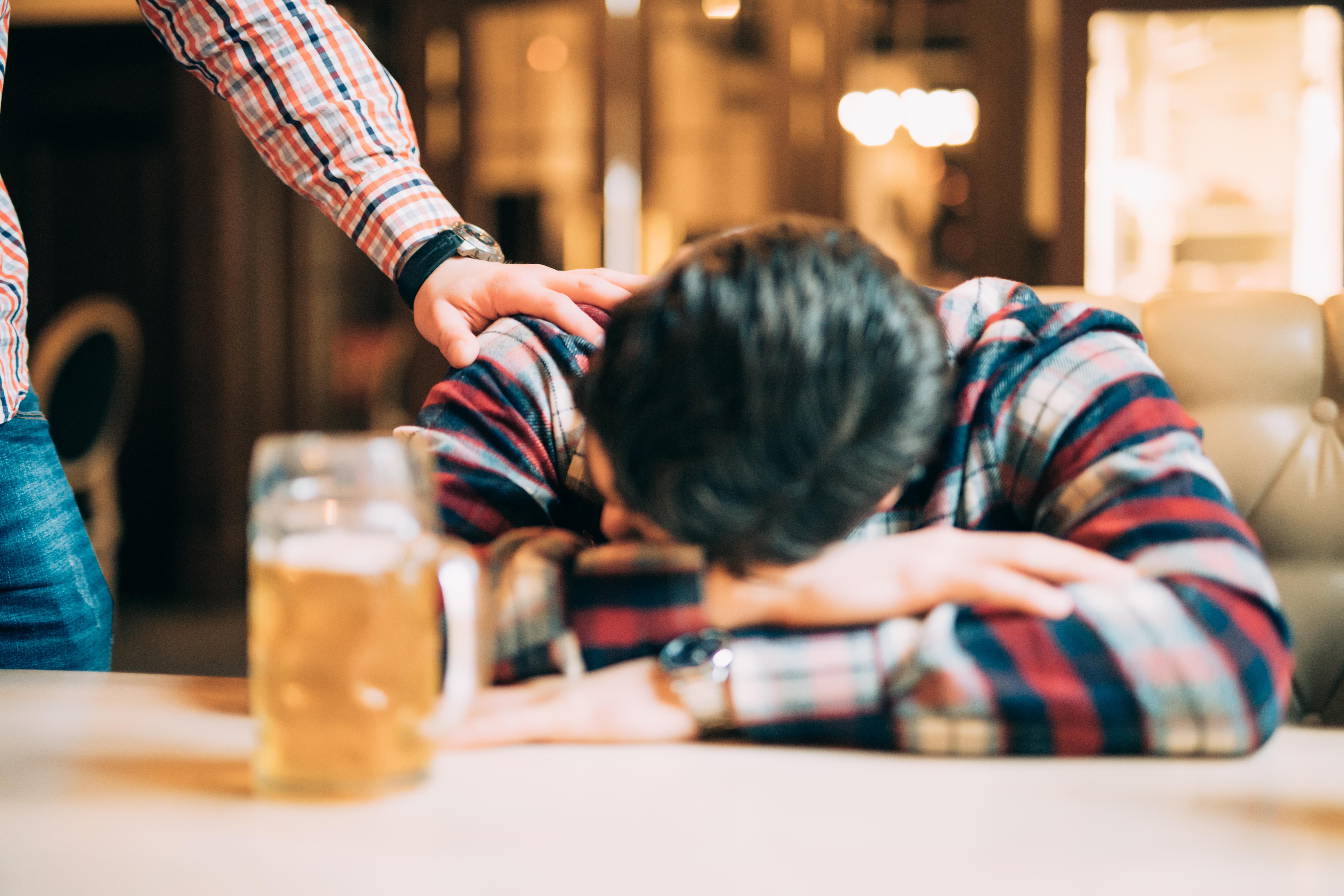 Leserinnlegg: En av tre unge voksne drikker for å døyve vanskelige følelser
